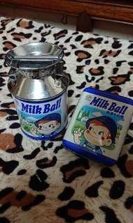 不二家牛奶仔限定品空罐盒 1套 2個