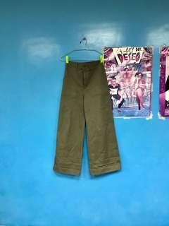 👩🏼GU 大口袋 寬褲 軍綠 工作褲 闊腿褲 喇叭褲 uniqlo 工裝