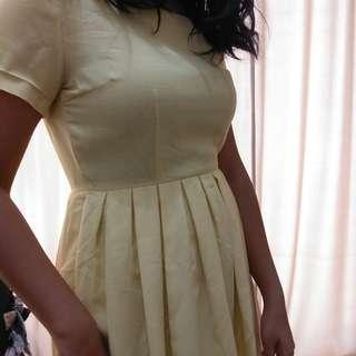 Dress Yellow Pale Yellow