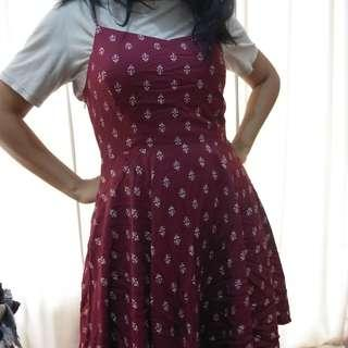 Old navy red summer dress (L)