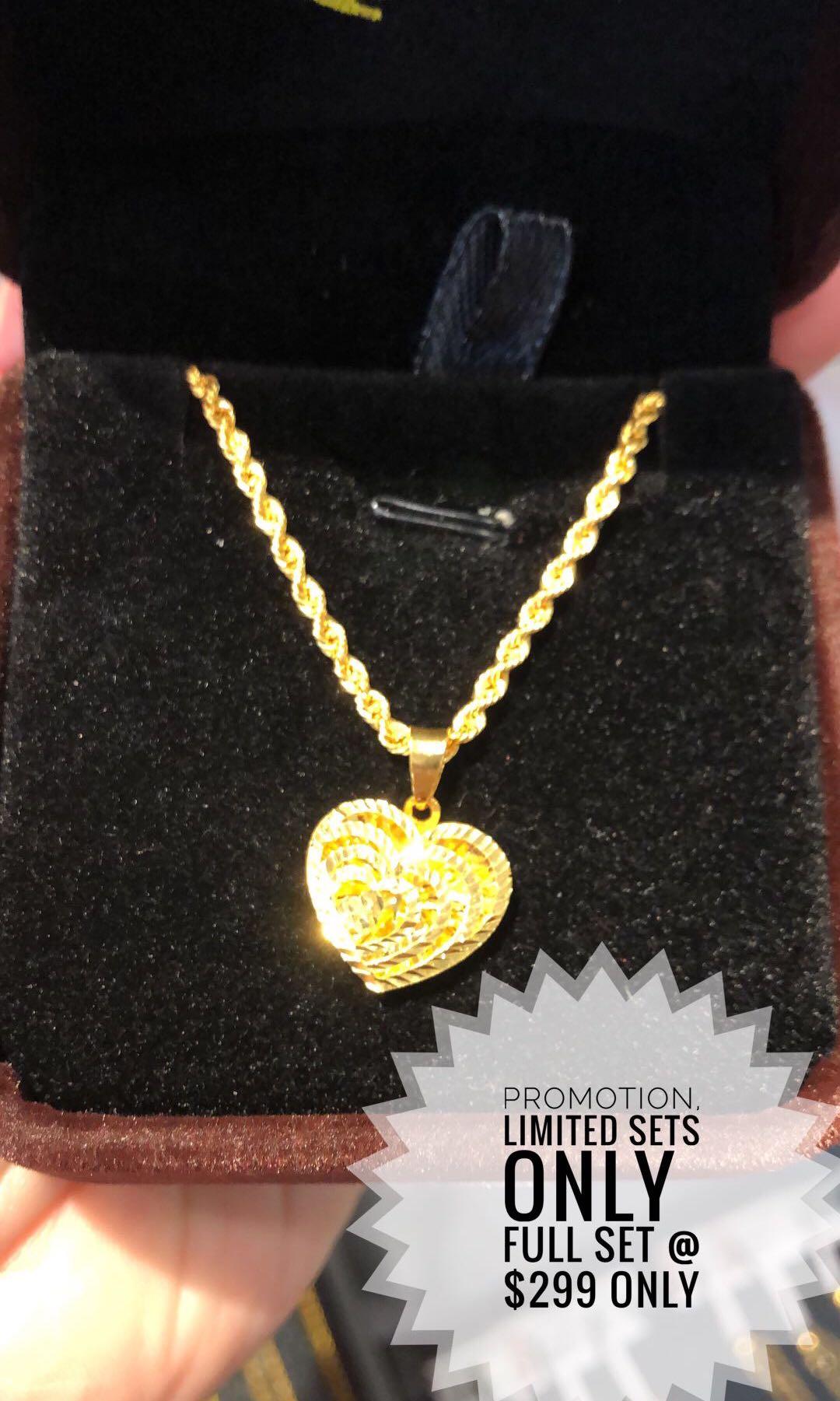 d0d45a9c7f 916 Gold necklace
