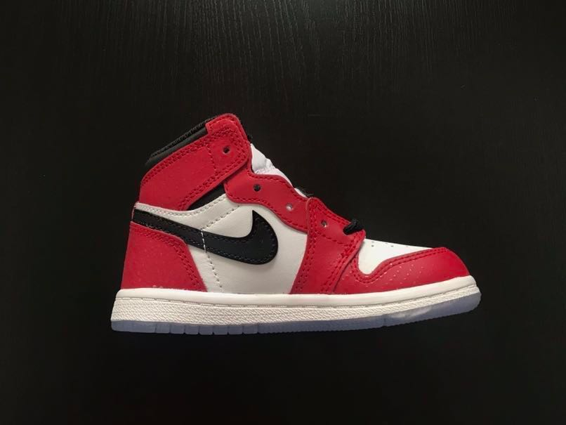 uk availability ff613 d20a6 Air Jordan 1 Retro High OG Spider-man Origin Story (toddler), Men s  Fashion, Footwear, Sneakers on Carousell