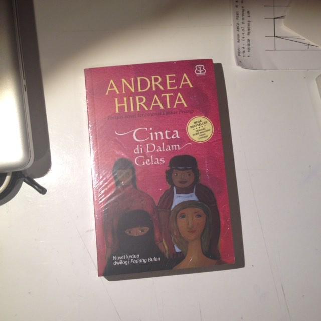 Andrea Hirata - Cinta di Dalam Gelas