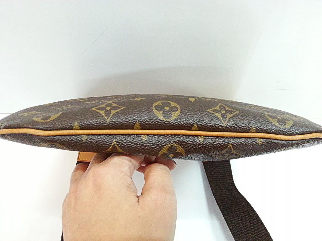 Authentic Louis Vuitton Monogram Canvas Pochette Bosphore Messenger Bag {{Fixed Price}} ** 定价 ** {{Only For Sale}} ** No Trade **