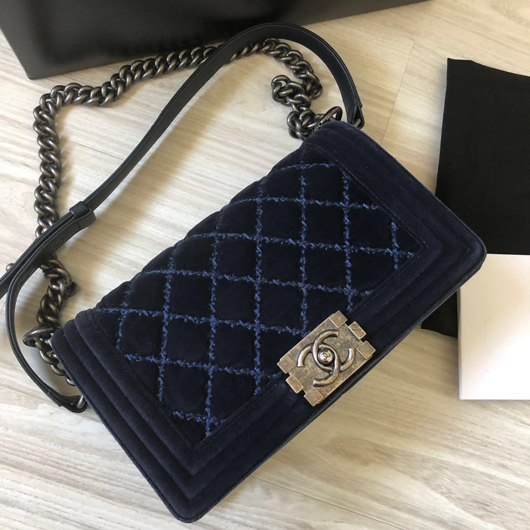 928dd9d7ac23 Chanel Boy Medium Velvet Blue, Women's Fashion, Bags & Wallets ...