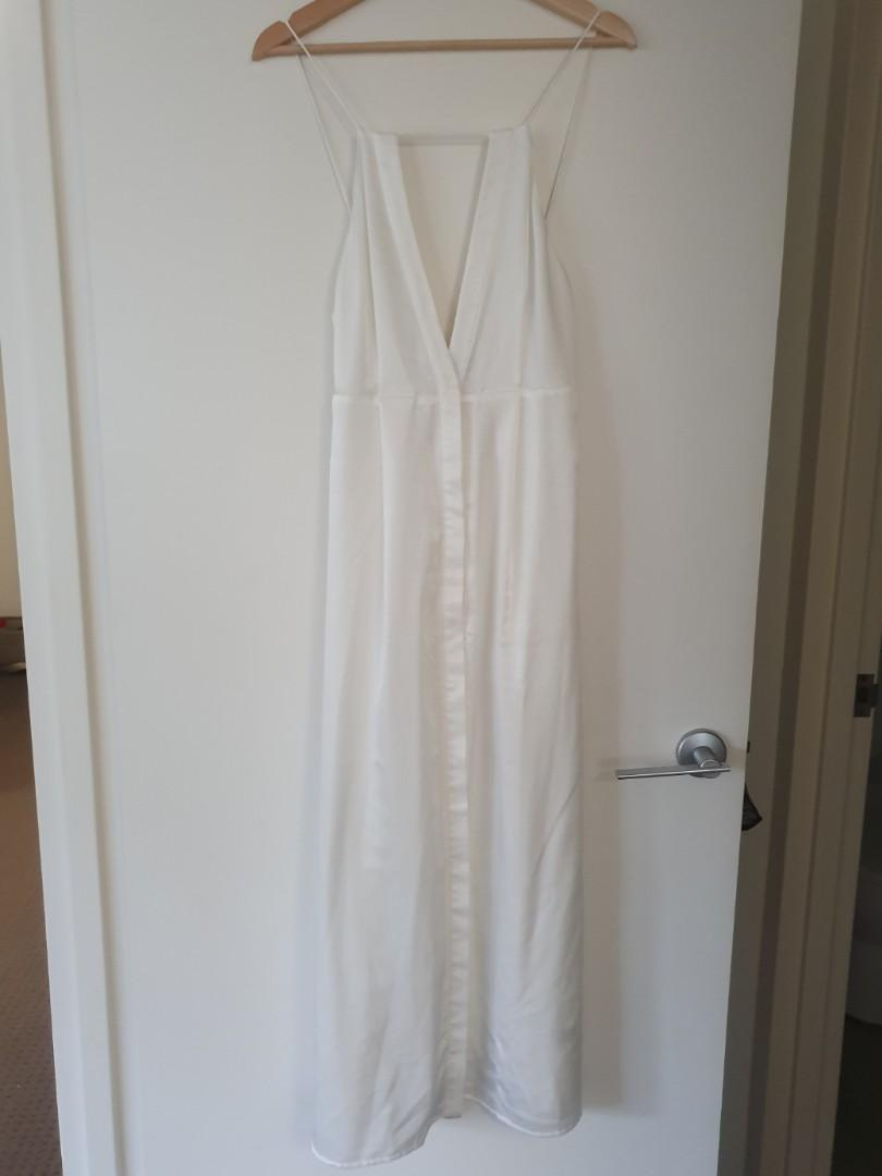 Finders Keepers white maxi low back dress satin sateen - Sz S - RRP $180