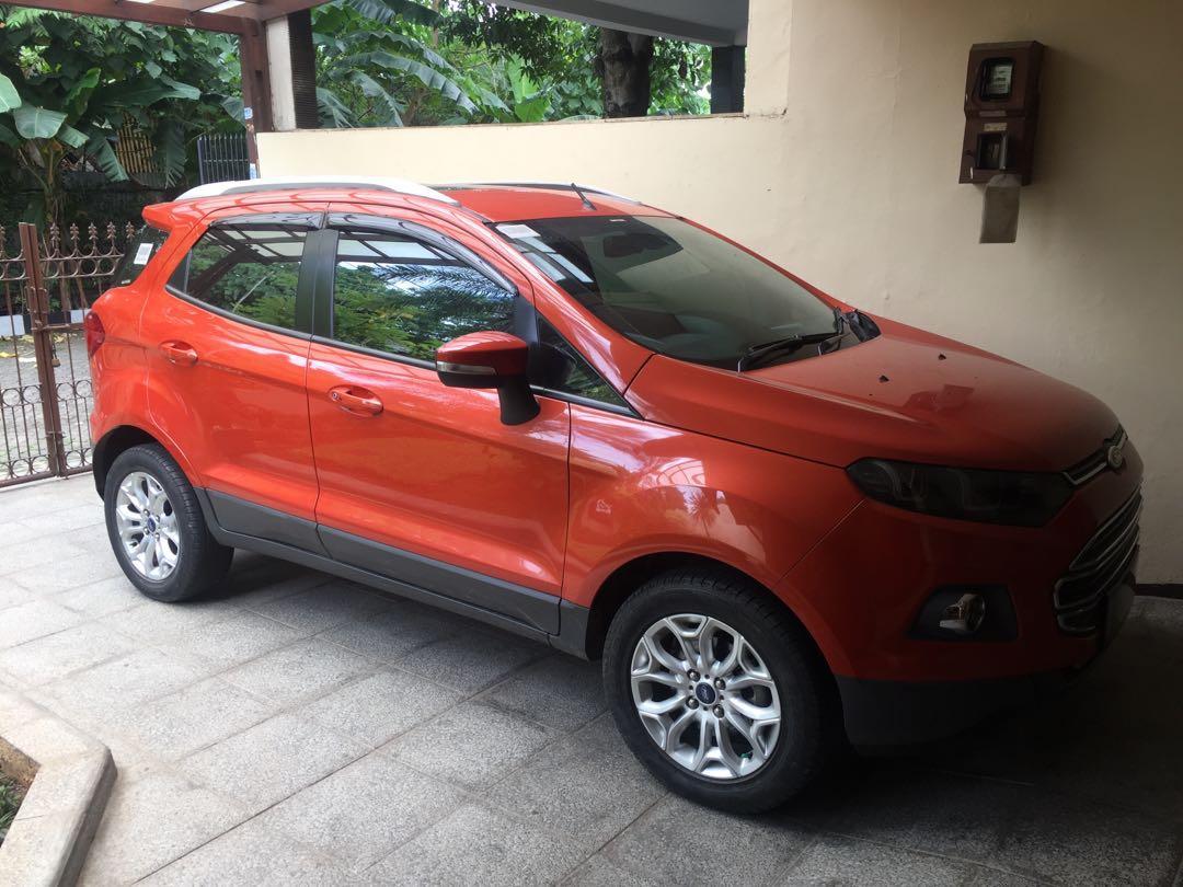 Ford ecosport titanium A/T. Pembuatan 2014 pembelian 2015