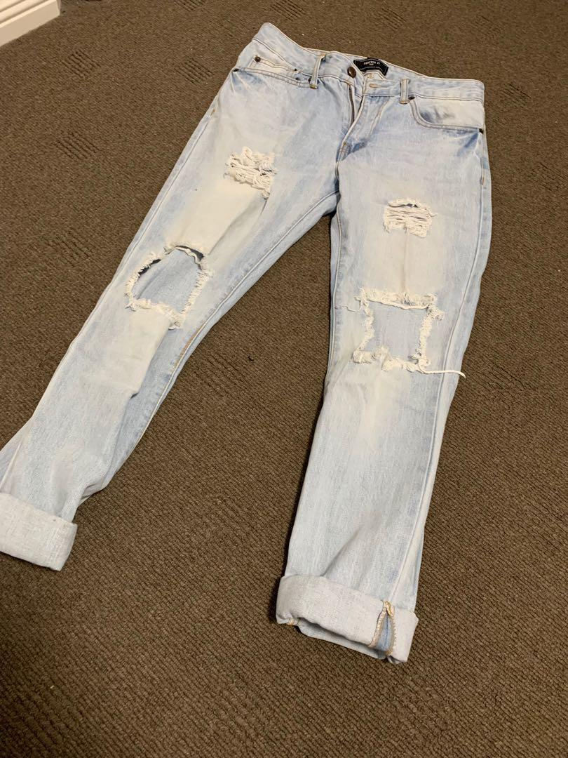 Forever 21 Light Blue Ripped Jeans (Size 30)