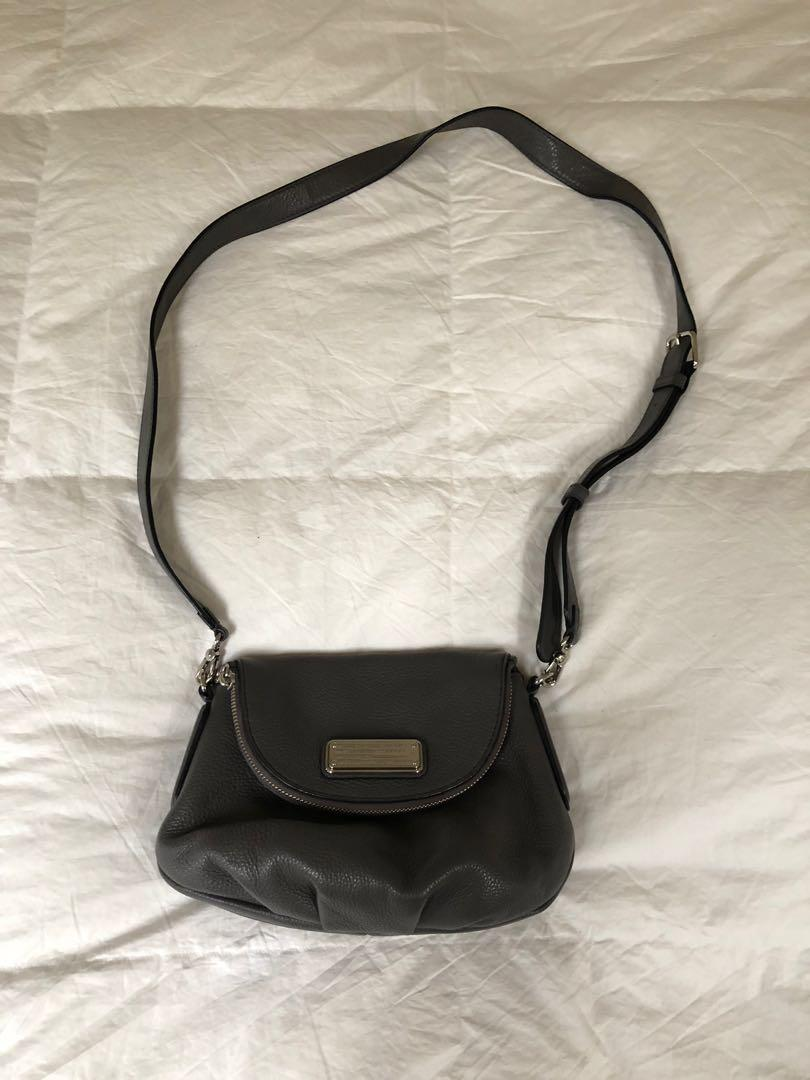 Marc by Marc Jacobs crossbody Grey leather w Silver hardware