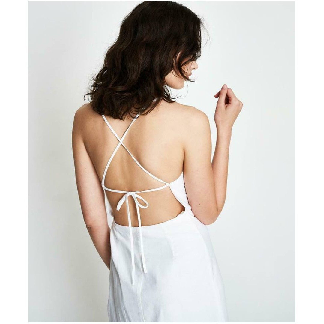 fd14854c7fe NEW Alice In The Eve Halle Backless Wrap Midi Dress White Size M ...