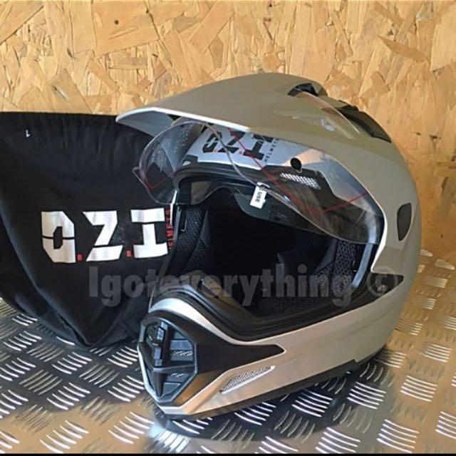 Ozi Touring Helmet