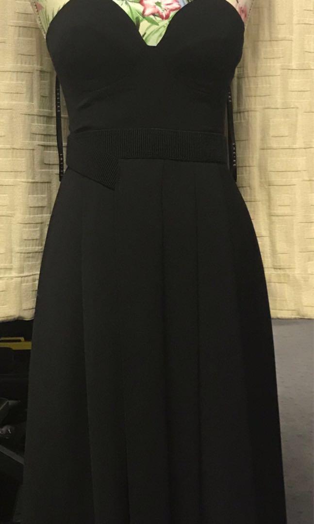 Sheike Senorita Dress