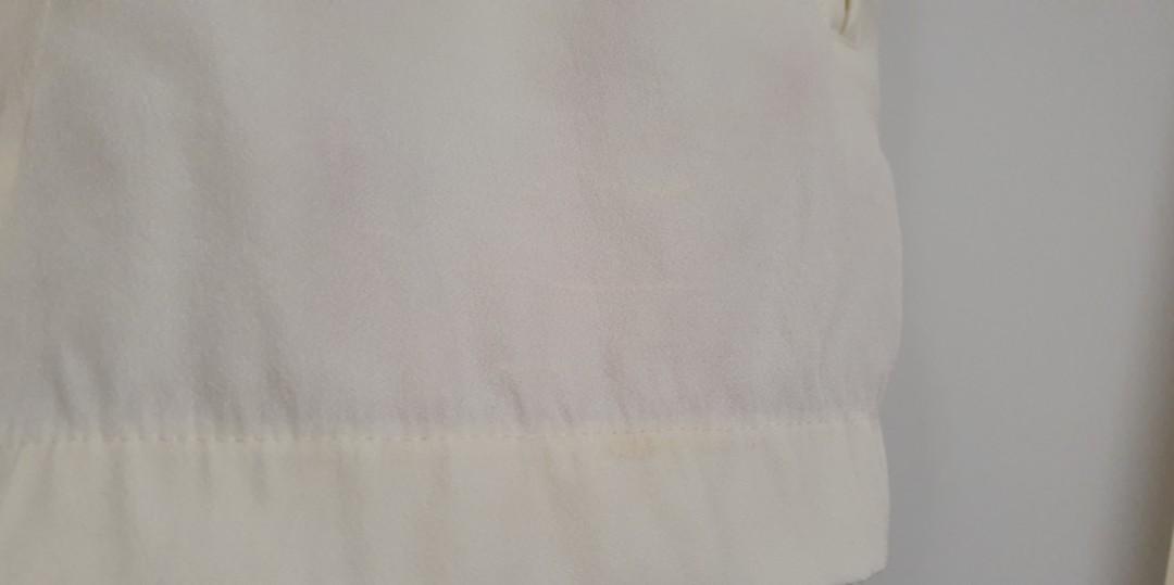 $10 SALE Zara cream ivory high waist tie shorts - Sz XS