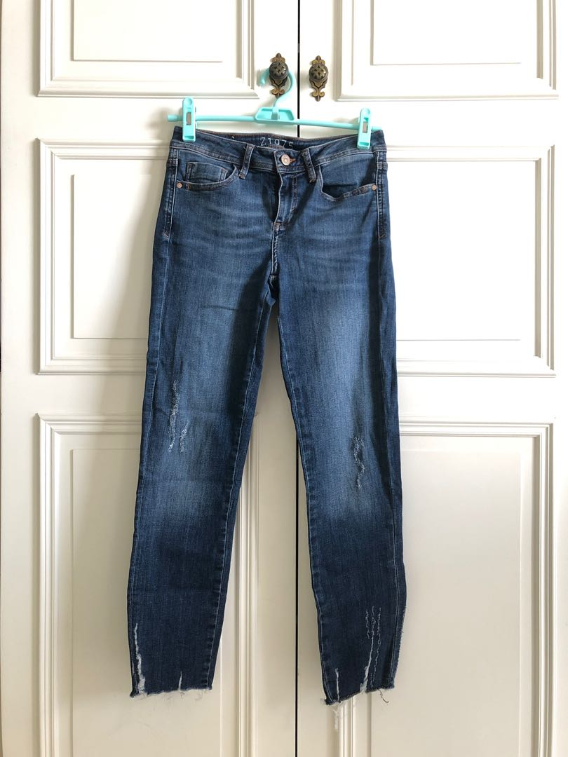 Zara Slim Boyfriend Jeans With Embroidery Size Uk6 /& Uk8 BNWT