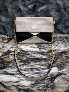 MARC JACOB crossbody leather chain strap bag