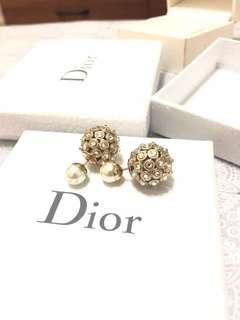 Dior tribal earring 全鑲嵌水晶 CD 雙珠耳環