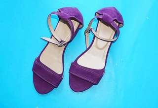 Block heels purple