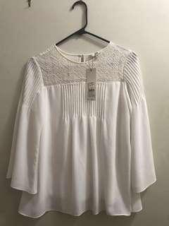 Beautiful off-white blouse (size 10 UK/India - Size 6 or Medium US)