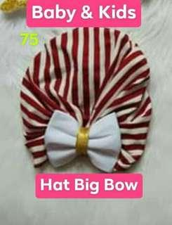 hat with flower and big bow