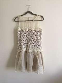 Red Valentino lace dress size 4