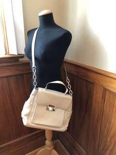 AUTHENTIC MICHAEL KORS white leather satchel