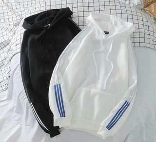 Simple plain hoodie with stripe