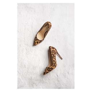 🚚 【TKRY】狂野豹紋淺口設計性感尖頭絨毛細高跟鞋