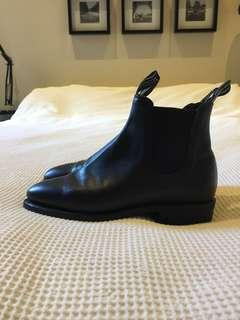 RM WILLIAMS Adelaide black yearling rubber sole boots