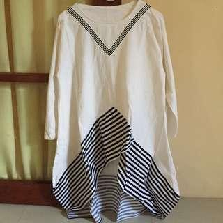White and stripe tunic