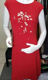 The station red dress