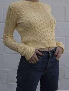 🚚 Brandy Melville olen Pastel yellow cable knitted sweater