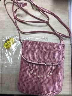 Naraya粉紅色細斜揹袋