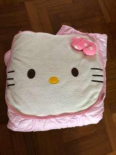 🚚 Hello Kitty Cushion Blanket