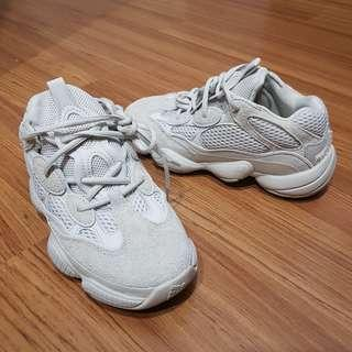Authentic Adidas YEEZY 500 Blush - like new - us4.5 uk4 fr36.5