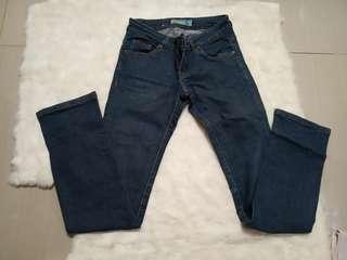 Jeans anak perempuan tanggung