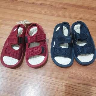 Nwt MUJI KIDS Beach Sandals in Maroon and Navy - uk9 us10 17cm