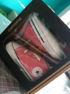 Converse Infant shoe size UK2