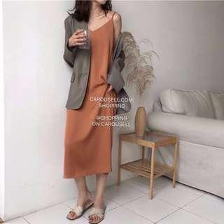 🚚 (2 Colours) Premium Minimalist V Neck Maxi Dress
