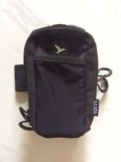 Tern pouch