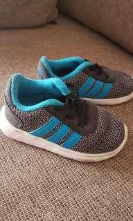 Sepatu Adidas kids baby