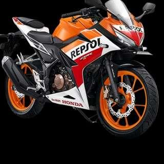 Honda CBR150R D/P $500 or $0 With out insurance (Terms and conditions apply. Pls call 67468582 De Xing Motor Pte Ltd Blk 3006 Ubi Road 1 #01-356 S 408700.