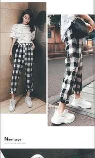 🚚 checkered gingham pants