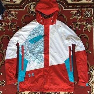 Jaket Outdoor UNDER ARMOUR