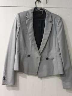🚚 Grey Blazer