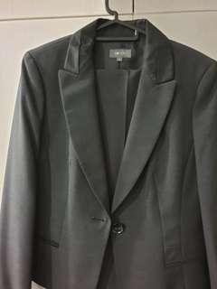 🚚 Charcoal jacket and pants set