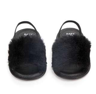 🚚 furry baby shoes