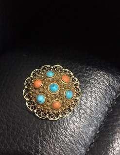 🚚 古董鑄花造型純銀胸針