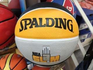 🚚 Spalding 7 號 橡膠籃球