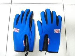🚚 全新防滑運動手套L號