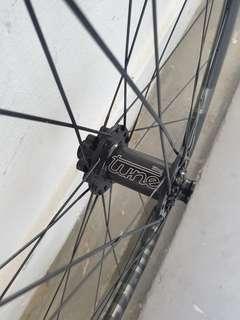 """29"""" Carbon Wheelset Pair"""